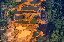 Overview of gold mining area