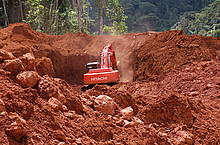 Gold mining in Protected Area Brownsberg-Suriname