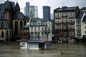 Flooding of river Main  Inundations caused by heavy rain and destruction of floodplain.  Frankfurt ... / ©: WWF-Canon / Hartmut JUNGIUS