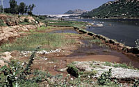 Silted river below Mettur Dam, India. / &copy;: WWF-Canon / Mauri RAUTKARI