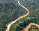 Foto: río San Pedro Mequital / El Río San Pedro Mezquital es el último cauce que cruza la Sierra Madre Occidental libre de presas. Al finalizar su tramo alto empieza a formar meandros –donde se depositan los sedimentos– para buscar su salida natural hacia mar.