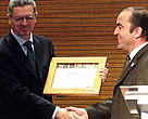 Alberto Rutz Gallardon, Mayor of Madrid and WWF-Spain CEO Juan Carlos del Olmo commemorate Madrid's commitment to responsible public procurement