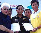 Mr. M. Sonada, President of Toyota Motor Thailand Company Ltd., along with Eric Coull from WWF Greater Mekong embark on the third stage of development at Bang Pu with the support of the Royal Thai Army