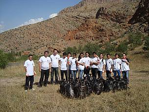 Cleaning Participants in Noravank Area