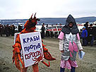 Protests over dumping in Aniva Bay. / ©: Dmitry Lisitsyn / Sakhalin Environment Watch
