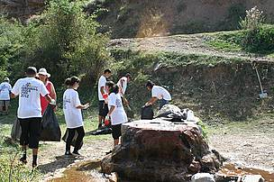 Cleaning Gravi  Water Spring Nature Monument Area