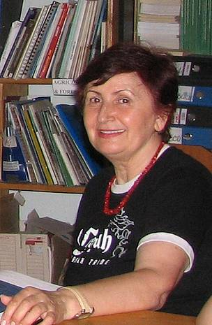 Prof. Petruta Moise is the founder of the Eco Counselling Centre Galati, Romania. Since 1996 this organization has promoted and helped the establishment of a Danube NGO network. She sees the river every day out of her window and can predict the weather by looking at the waters.