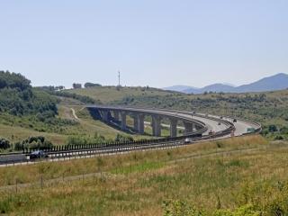 Viaduct (c) Ivo Dostál