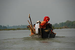  / &copy;: Gerard Ryan / WWF-Cambodia